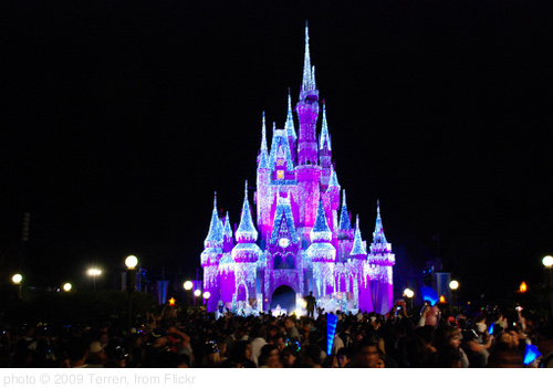 Glowing Castle, photo Terren